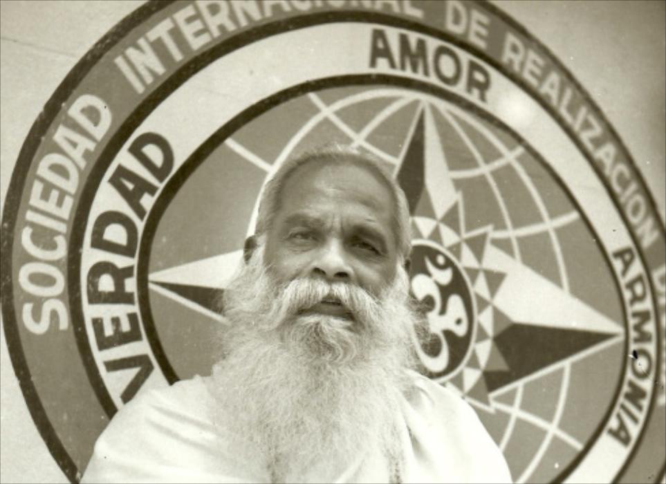 Swami-Guru-Devanand- 55