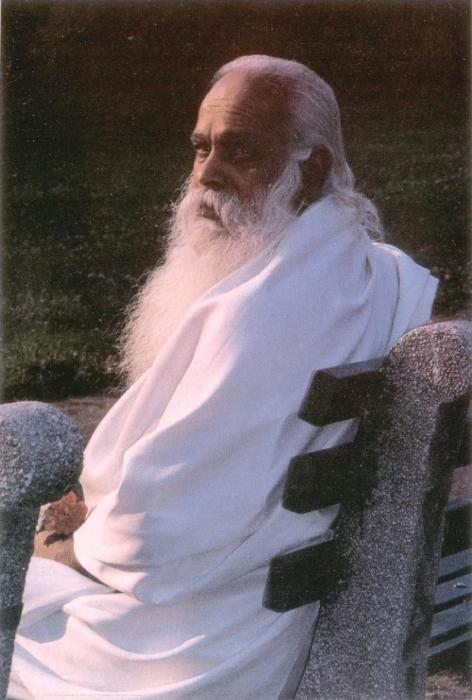 Swami-Guru-Devanand- 68