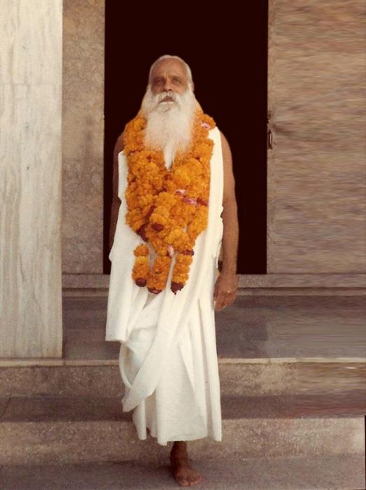 Swami-Guru-Devanand- 82